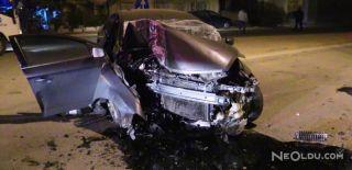 Otomobil Direğe Çarptı: 1 Ölü, 1 Yaralı