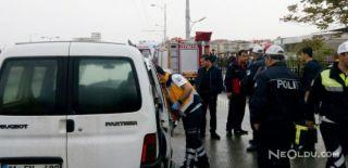 Malatya'da İşçi Servisi Kaza Yaptı: 13 Yaralı