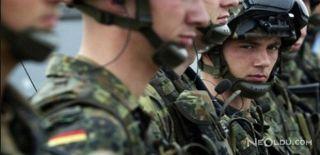 Almanya'da Irkçı Asker Tartışması