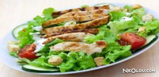Izgara Tavuklu Salata