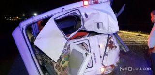 Minibüs ile Yolcu Otobüsü Çarpıştı: 20 Yaralı
