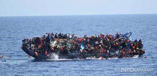 Akdeniz'de Sığınmacı Botu Devrildi