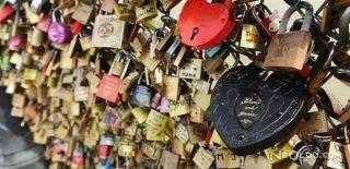 Aşk Kilitleri Mülteciler Yararına Satıldı!