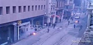 İstiklal Caddesi'nde Taraftar Kavgası! 5 Yaralı