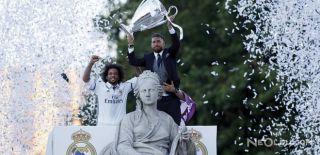 Real Madrid Şampiyonluğunu Taraftarıyla Kutladı