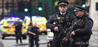 Londra'da Terör Alarmı Verildi!