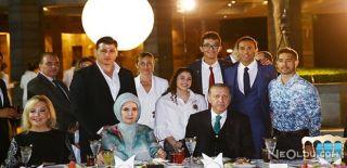 Cumhurbaşkanı Erdoğan Ünlülerle İftar Yaptı