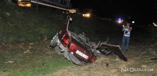 Bitlis'te Trafik Kazası: 3 Ölü 8 Yaralı