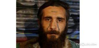 Alnında 'Enayi' Yazan Torbacı Yakalandı