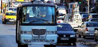 Minibüs Şoförü Direksiyon Başında Bayıldı