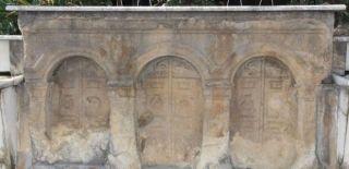 Romalılardan Kalma Lahit Kaderine Terk Edildi