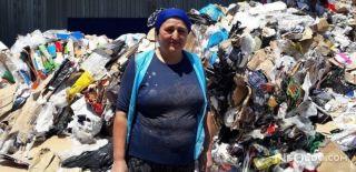 Çöpte Bulduğu 12 Bin Doları Sahibine Teslim Etti