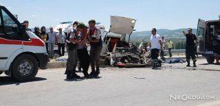 Gediz'deki Trafik Kazasında 4 Kişi Öldü