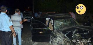 Polisten Kaçan Sürücü Polis Aracına Çarptı