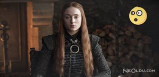 Sansa'nın Kıyafetlerindeki Gizli Şifreleri Bulduk!