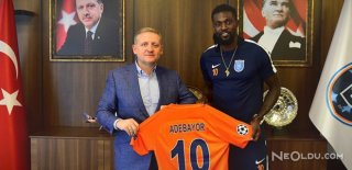 Adebayor Başakşehir'le Sözleşmesini Uzattı