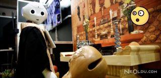 Cenaze Ayinini Robotlar Yönetecek
