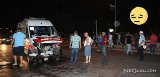 Ambulans Otomobillere Çarptı: 6 Yaralı