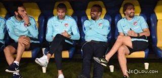 Milli Takım Futbolcuları Yedek Kulübesinde Gülüp Eğlendi