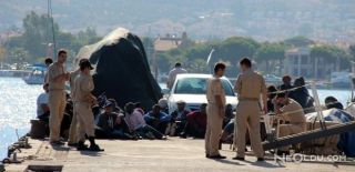 İzmir'de 40 Kaçak Göçmen Yakalandı