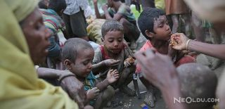 Myanmar'da Arakanlı Müslümanlar Katlediliyor