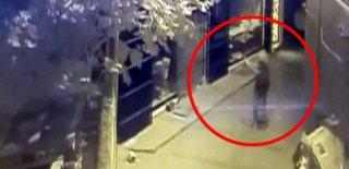 Balıkesir'de 3 Mağazaya Silahlı Saldırı Düzenlendi