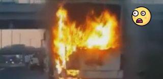 Yolcu Otobüsü Alev Aldı