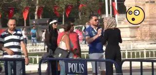 Taksimde Arap Kadın Turistler Birbirine Girdi