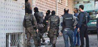 İstanbul'da 43 FETÖ Üyesine Gözaltı