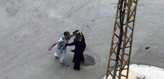 Öğretmen Çifte Sokak Ortasında Saldırı!