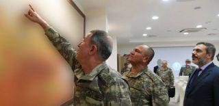 Akar ile Kuvvet Komutanları Suriye Sınırında!