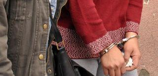 Aranan PKK'lı Kadın Samanlıkta Yakalandı!