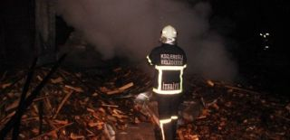 Zonguldak'ta Fabrika Alev Alev Yandı