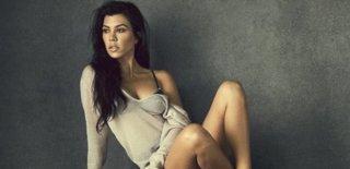 Kourtney Kardashian'ın İç Çamaşırsız Fotoğrafları