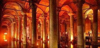 Yerebatan Sarnıcı Tarihi ve Özellikleri, Medusa'nın Hikayesi