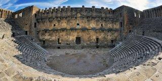 Aspendos Tiyatrosu Özellikleri, Tarihi ve Hikayesi