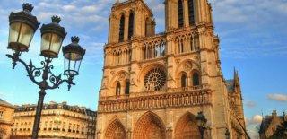 Notre Dame Katedrali Özellikleri ve Hikayesi Hakkında Bilgi