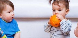 Bebeklerde Ek Gıdaya Geçiş