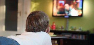 Çocukları Televizyondan Uzaklaştırmanın 5 Eğlenceli Yolu