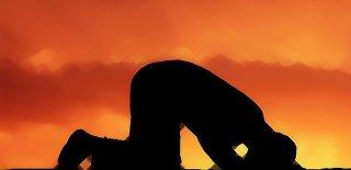 İslam'da Namaz İbadetinin Önemi - Namazın İnsan Ahlaki Üzerindeki Etkisi