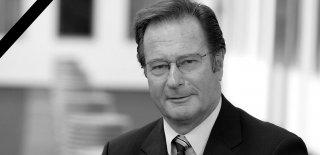 Almanya Eski Dışişleri Bakanı Klaus Kinkel Hayatını Kaybetti