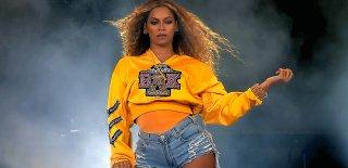 Beyonce, Coachella Festivali'nde Kazandığı Parayla Mevlana Belgeseli Çekecek