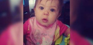 Klozete Düşen Bebek Ablasının Gözleri Önünde Boğularak Hayatını Kaybetti!