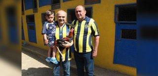 Fenerbahçe'nin Kampanyası İçin Horozunu Sattı!