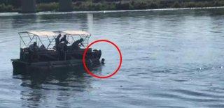 Suç Makinesi Polisi Görünce Nehre Atlayıp Kaçtı!