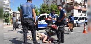 """Otomobil Ve Motosiklet Gasbetti, Polise """"Size  Siper Olayım"""" Dedi!"""
