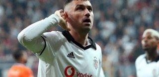 Burak Yılmaz'la İlgili Transfer İddiaları! Fenerbahçe'ye Takas Yoluyla Gidebilir