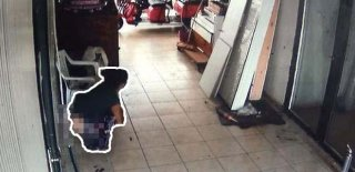 Görüntüler Mide Bulandırdı! Hırsızlık İçin Girdiği Dükkanın Ortasına Bıraktı!