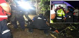 Bartın'da 4 Kişinin Bulunduğu Otomobil Suya Gömüldü!