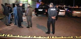 Antalya'da Gergin Gece! Tartıştığı Kardeşini Tabancayla Vurdu!
